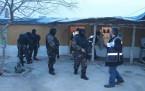Uyuşturucu Tacirlerine 700 Polisle Şafak Baskını