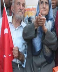 Konya ve Taşkent'te Davutoğlu Sevinci