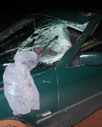 Feci Kaza:Kopan Bacağı Cama Saplandı