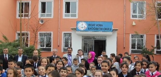 Cihanbeyli'de Kitap Kampanyasına Yoğun İlgi