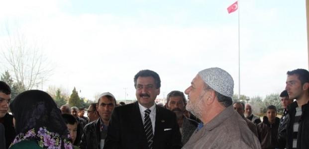 Cihanbeyli'de Umre Yolcuları Uğurlandı