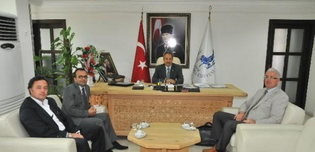 Dekan'dan Başkan Akkaya'ya Ziyaret