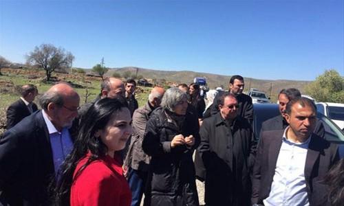 Demirtaş'ın konvoyu Cizre'ye alınmadı