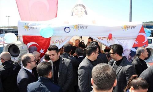 Erdoğan Hayır Çadırına Girdi