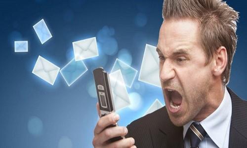 İzinsiz SMS'e ilk ceza