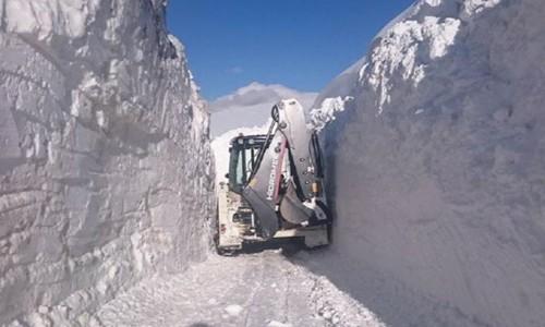 Kar Kalınlığı 3 Metreyi Aştı