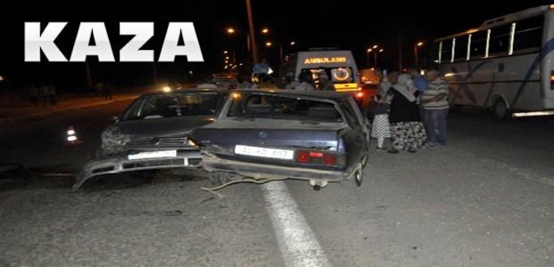 Kaza:İki Otomobil Çarpıştı