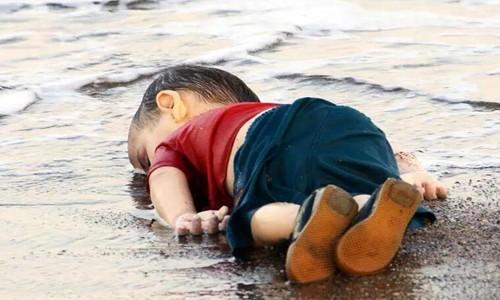 Kıyıya vuran çocuk:Dünya medyası