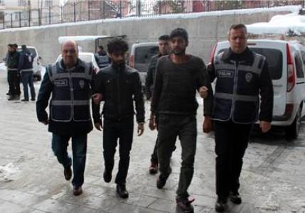 Konya'da 9 Suriyeli gaspçı yakalandı