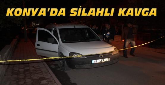 Konya'da arabasını park ederken silahla vuruldu