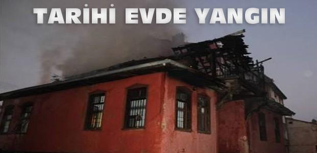 Konya'da Tarihi Evde Yangın Çıktı