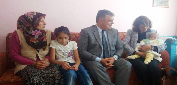 Konya'daki Bebeğe Viagra Parası Yetişmiyor