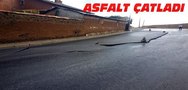Konya'daki Yağmur Asfaltı Çatlattı