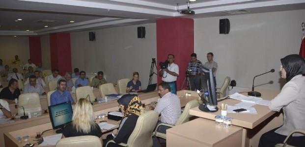 Meram'da Müdürlüklerin Yönetmelikleri Onaylandı