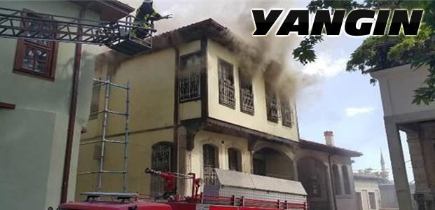 Tarihi evde yangın çıoktı