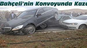 Bahçeli'nin Konvoyunda Zincirleme Trafik Kazası