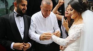 Erdoğan'dan geline hediye