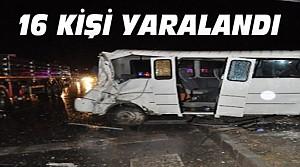 Feci Kaza:Öğrenci Servisi TIR'la Çarpıştı