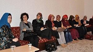 İnce Minareli Medresede Hanımlara Hadis Dersi