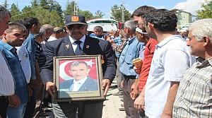 Kıbrıs Gazisi Mahalle Muhtarı Kansere Yenik Düştü