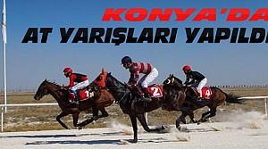 Konya'da Mahalli At Yarışları