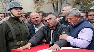 Konya'daki Cenazede Gerginlik