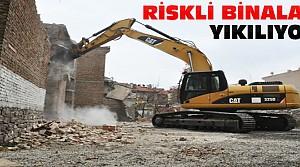 Meram'da Riskli Binalar Yıkılıyor