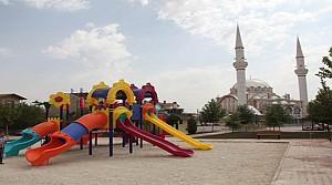 Selçuklu'da Camiler Çocuk Parklarıyla Bütünleşiyor
