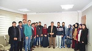 Üniversite Öğrencilerin'den Özgüven'e Ziyaret
