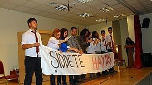 Yunak'ta Öğretmenlere Kutlama