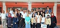 Akşehir Belediyesi Başarılı Öğrencileri Ödüllendirdi