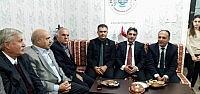 Başkan Özaltun İstanbul'da Temaslarda Bulundu