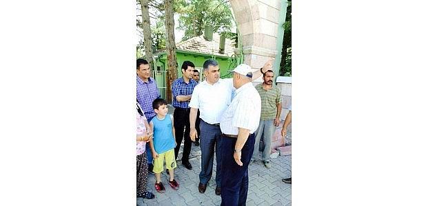 Başkan Özgüven'den Mezarlara Ziyaret