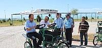 Beyşehir Gölü Kıyısında Park Bisikleti...