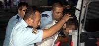 Düğünden Dönen Polis Trafikte Bıçaklandı