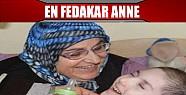 En Fedakar Anne