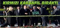 Erdoğan Patlama Alanına Kırmızı Gül Bıraktı