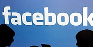 Facebook'taki Her Konuşma Okunuyor