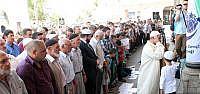 Filistin'de Şehit Olanlar İçin Cenaze Namazı