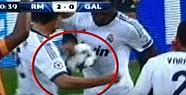 Galatasaray'ın Penaltısı Verilmedi mi?