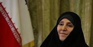 İran'ın İlk Kadın Sözcüsü Görevine Başladı