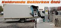 Konya'da kaldırımda bekleyen kadını kamyonet ezdi