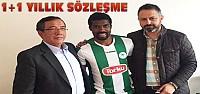 Konyaspor Mbamba ile sözleşme uzattı