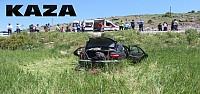 Otomobil Takla Atarak Tarlaya Uçtu