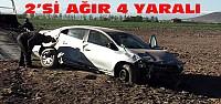 Otomobil Tarlaya Uçtu:2'si Ağır 4 Yaralı