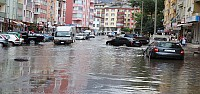 Seydişehir'deki Yağmur Sokakları Göle Çevirdi