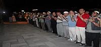 Teravih Sonrası İsrail Protesto Edildi