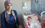 Siirt'te 6 Günlük Bebeğin Makasla Koparılan Parmağı Konya'da Dikildi