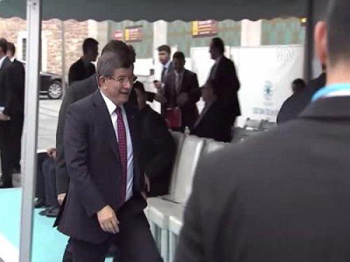 Davutoğlu Konya'daki Törende Konuştu